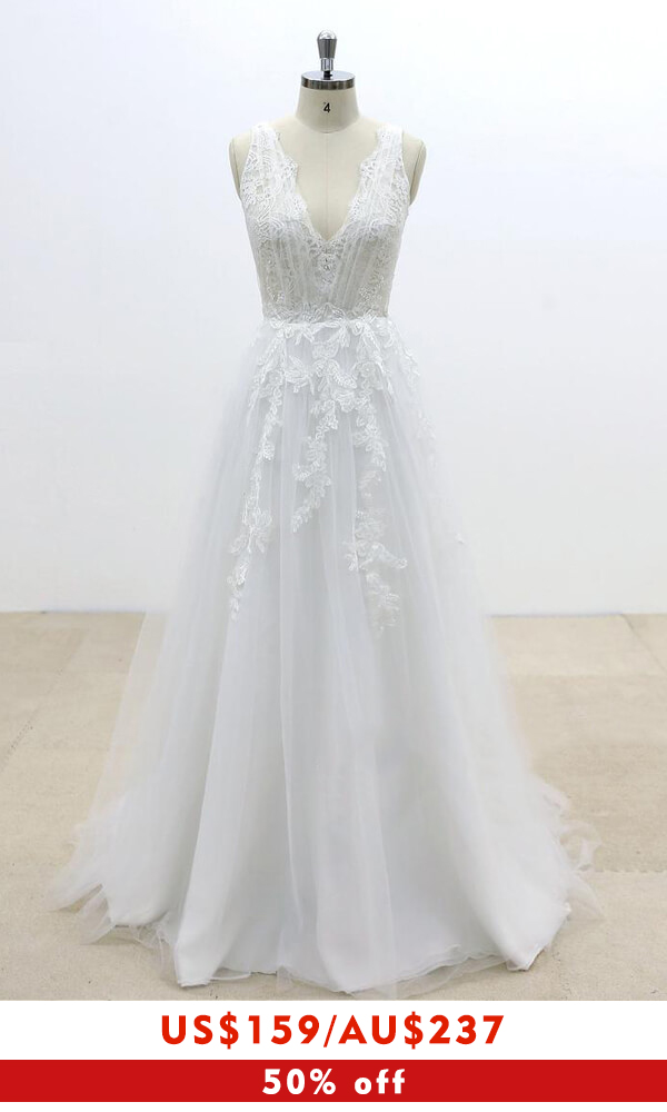Ruffle V-neck Appliques Tulle A-line Wedding Dress