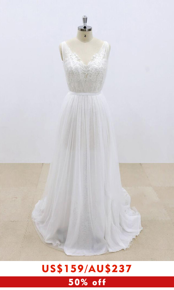 Amazing Ruffle Tulle Appliques A-line Wedding Dress