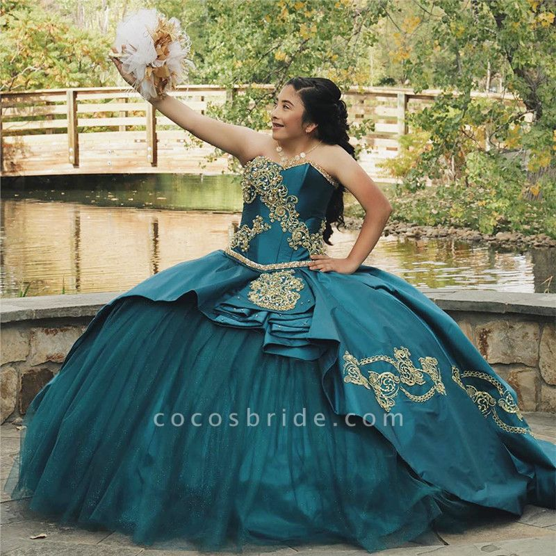 Attractive Sweetheart Satin Ball Gown Quinceanera Dress