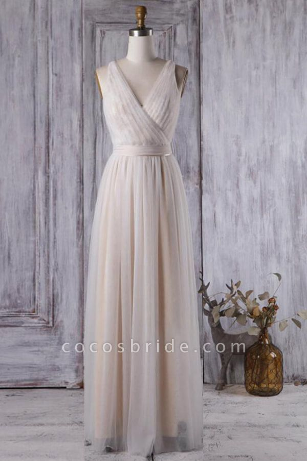 Ruffle V-neck Floor Length Lace Wedding Dress