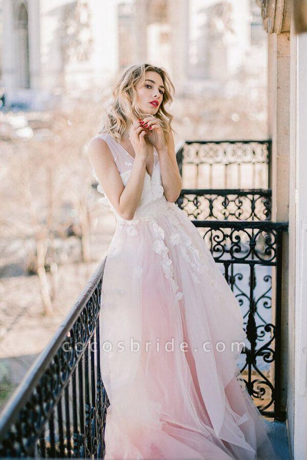 Affordable V-neck Appliques Wedding Dress