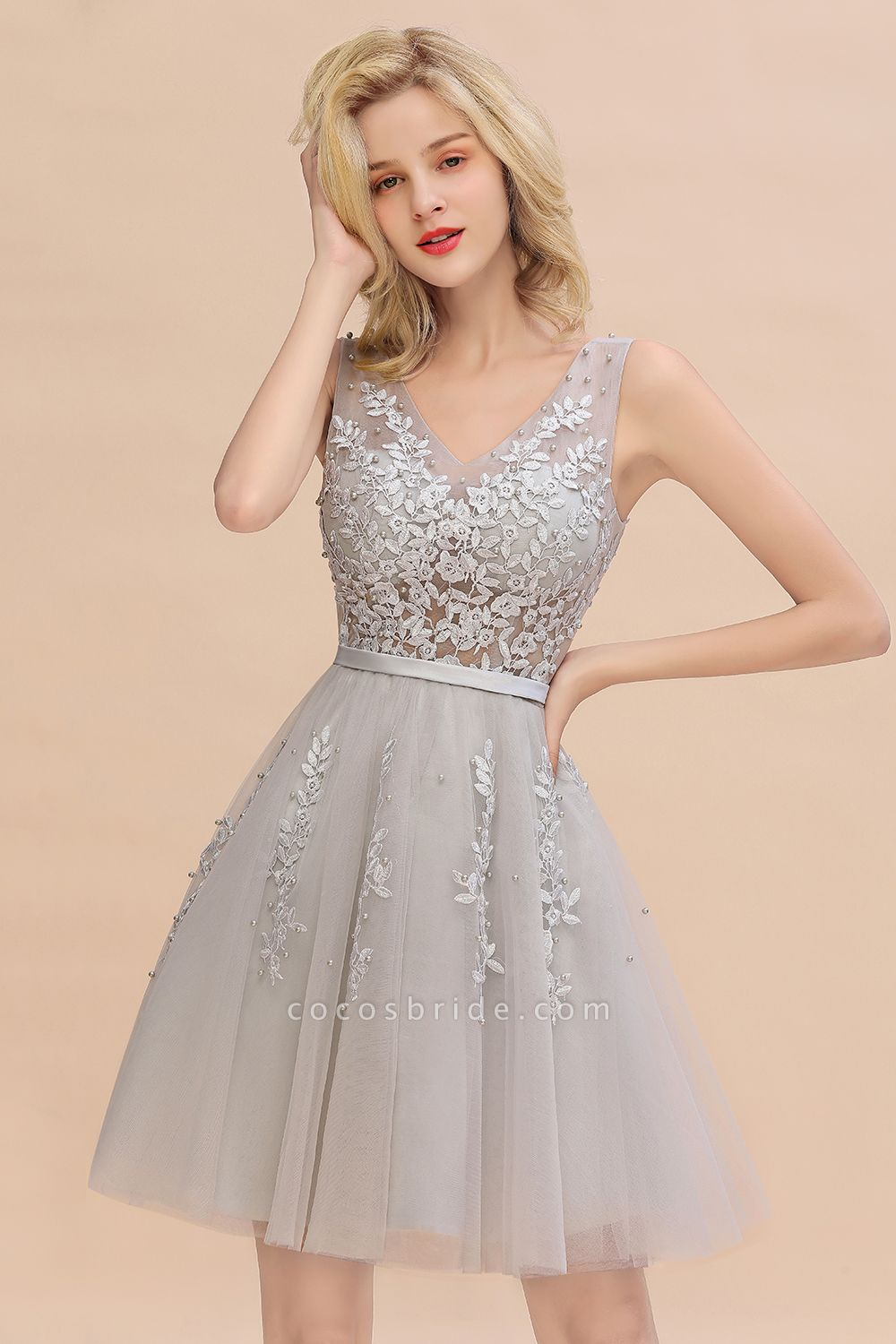 Sexy V-neck Lace-up Short Homecoming Dress with Lace Appliques