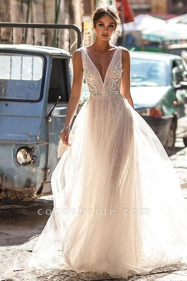 Amazing Deep V-neck Tulle A-line Wedding Dress