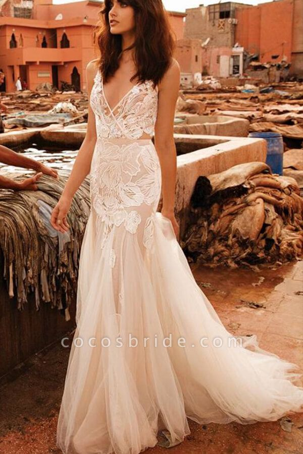 Elegant V-neck Applique Tulle Mermaid Wedding Dress