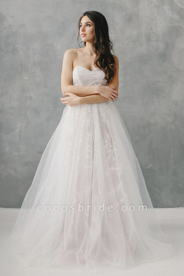 Awesome Sweetheart Lace Tulle A-line Wedding Dress