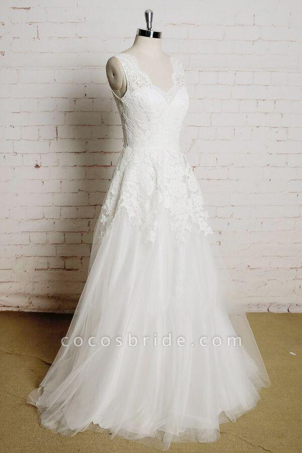 Chic V-neck Appliques Tulle A-line Wedding Dress