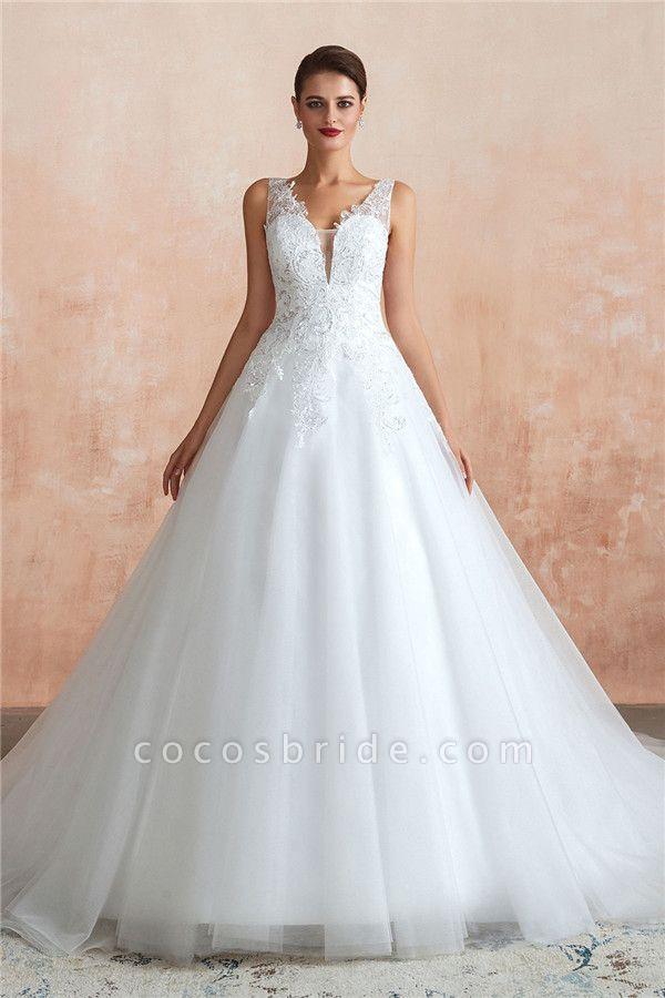 Exquisite Appliques Tulle A-line Wedding Dress