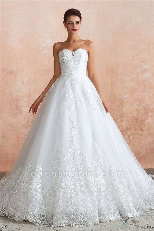 Stylish Strapless Appliques Tulle Wedding Dress