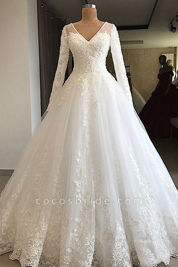 Gorgeous Long Sleeve Appliques Tulle Wedding Dress