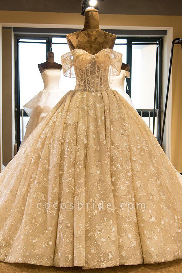 Amazing Strapless Lace-up Satin Wedding Dress