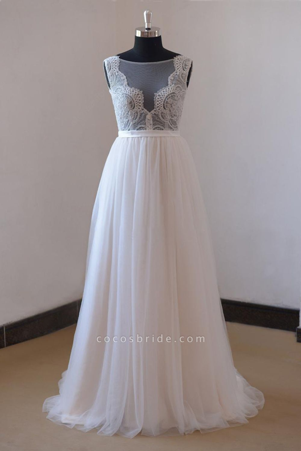 Chic Lace Floor Length Tulle A-line Wedding Dress