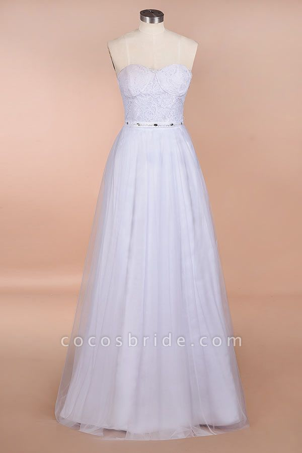 Graceful Strapless Tulle Lace A-line Wedding Dress