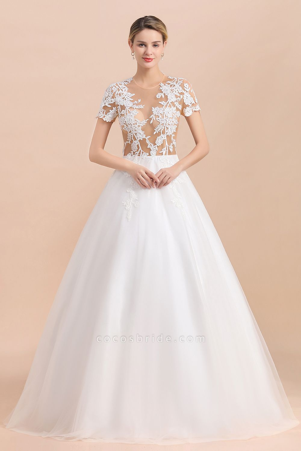Chic Lace Tulle A-line Short Sleeve Wedding Dress
