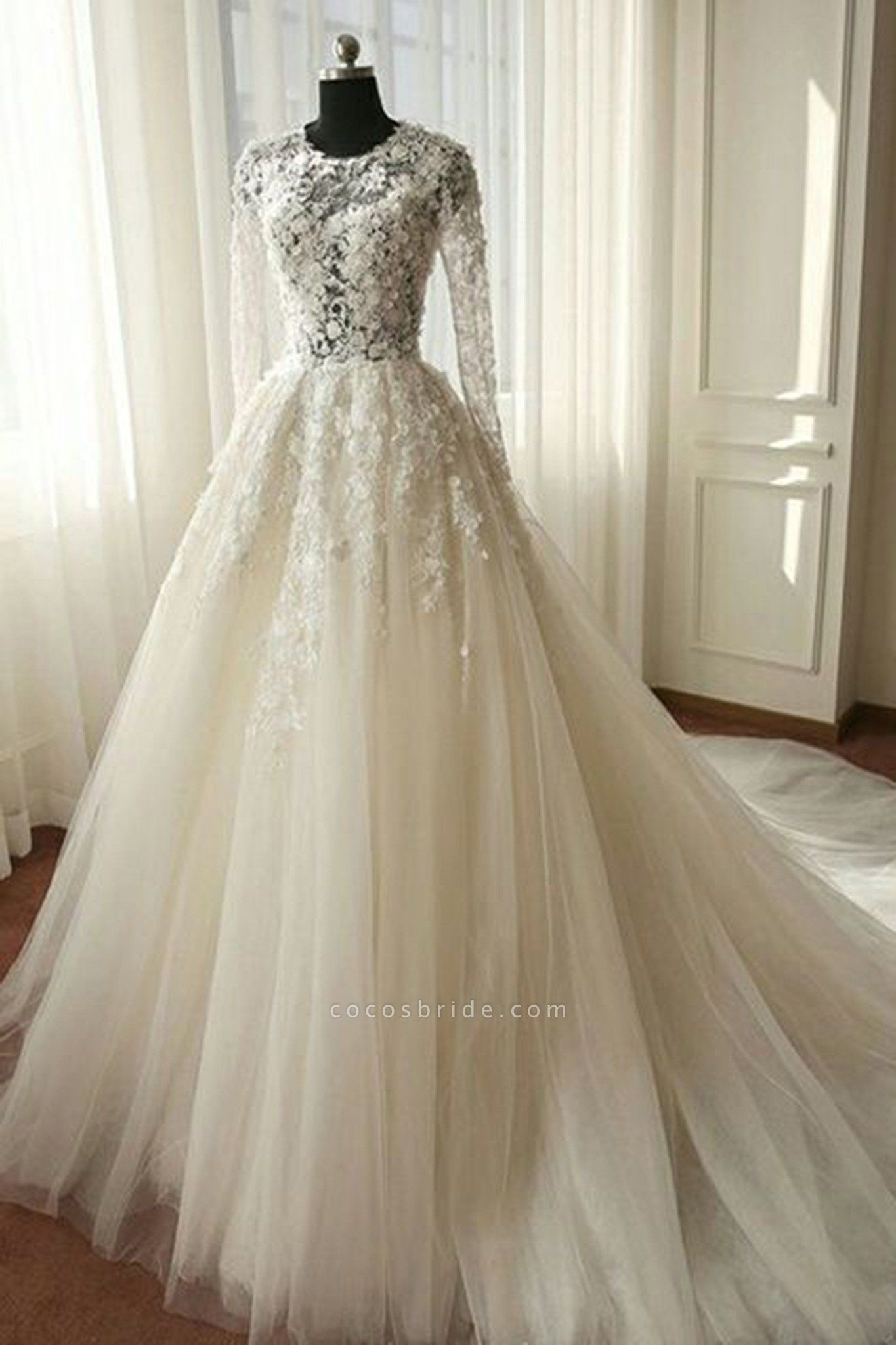 White Organza Lace Long Sleeves Wedding Dresses