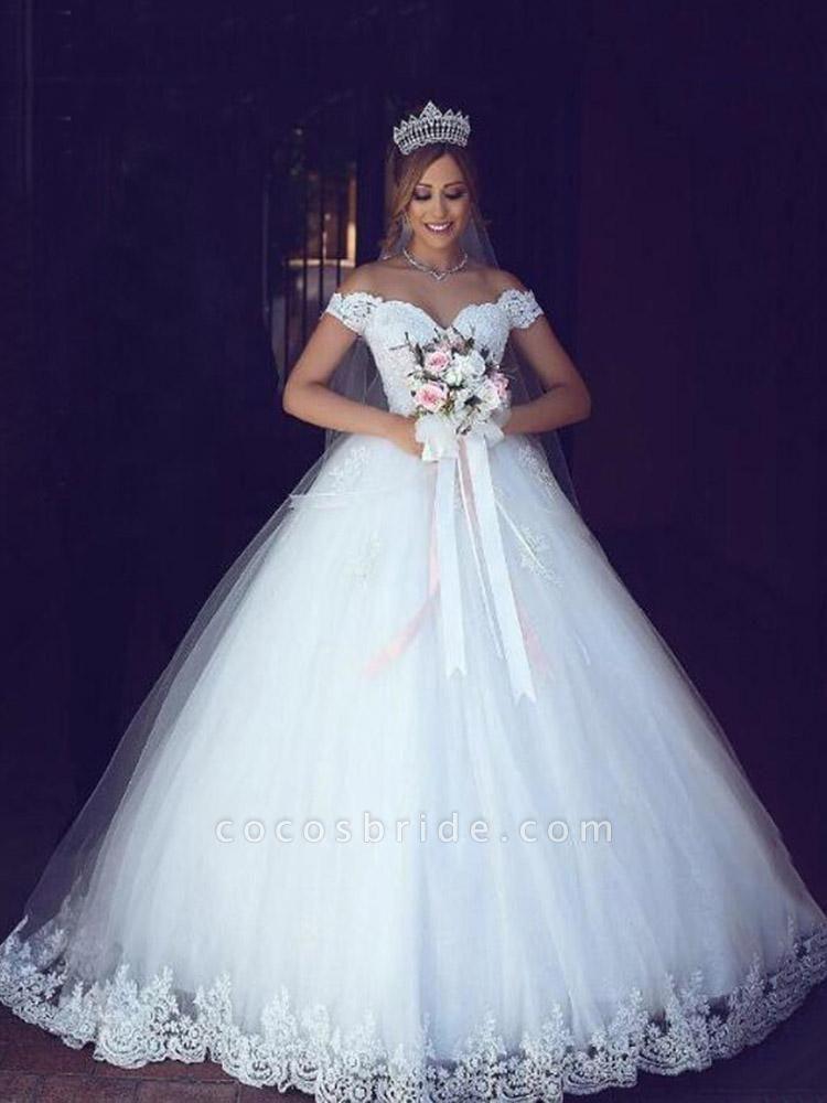 Elegant Portrait Sleeveless Ball Gown Wedding Dresses