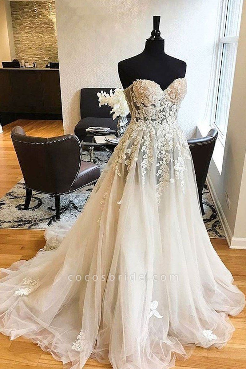 White Tulle Lace Strapless Long Wedding Dresses