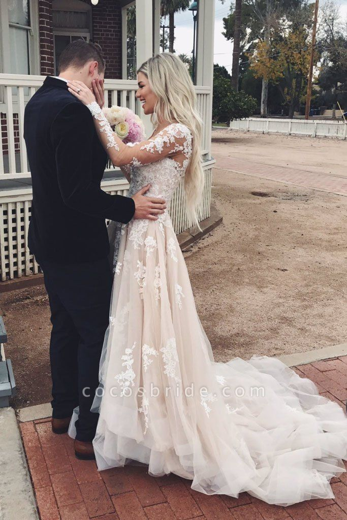 Gorgeous V Neck Long Sleeves Lace Appliques Wedding Dress