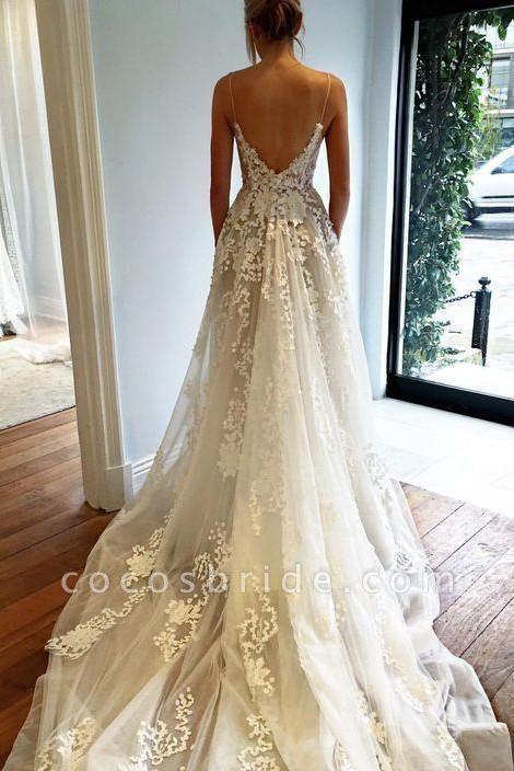 Stunning Appliques Lace Spaghetti Straps Wedding Dress