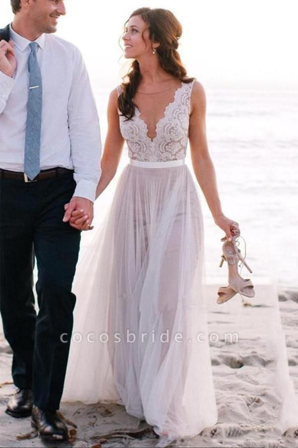 Elegant A Line Scoop Neck Sleeveless Lace Tulle Beach Wedding Dress