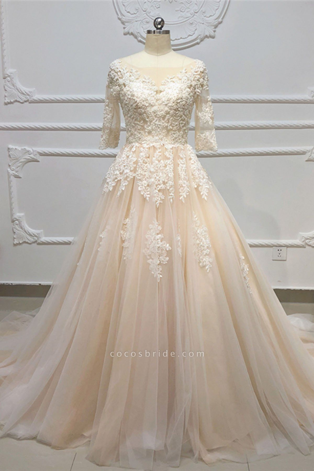 Champagne Tulle White Lace Applique Half Sleeve Long Wedding Dress
