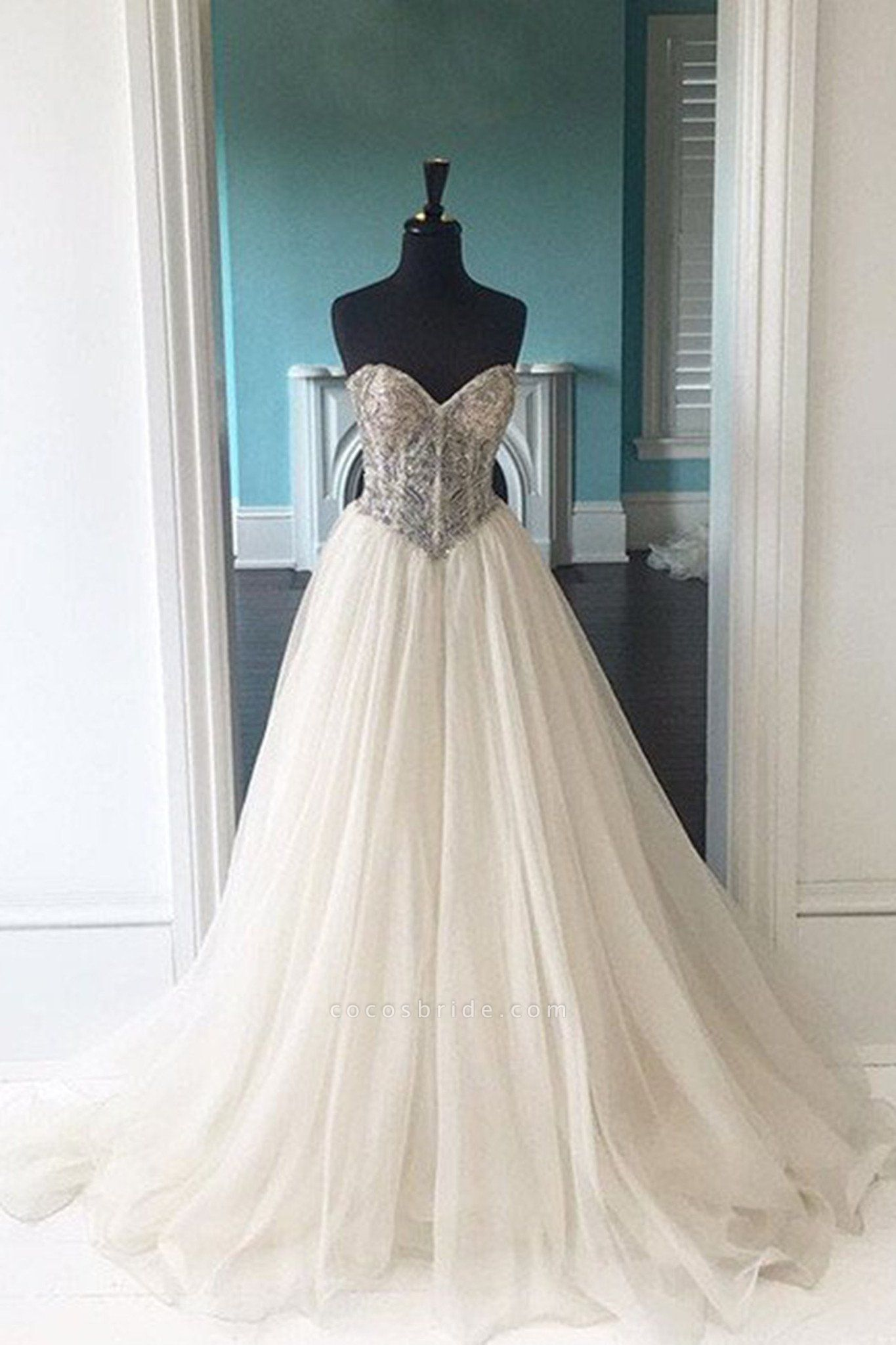 White Organza Lace Sweetheart Ball Gown Dress
