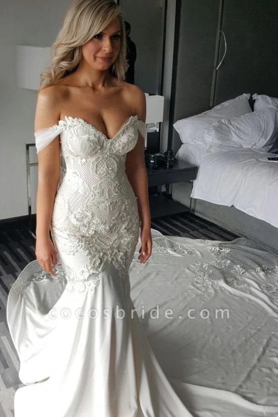 Gorgeous Mermaid Off the Shoulder Lace Appliques Wedding Dress
