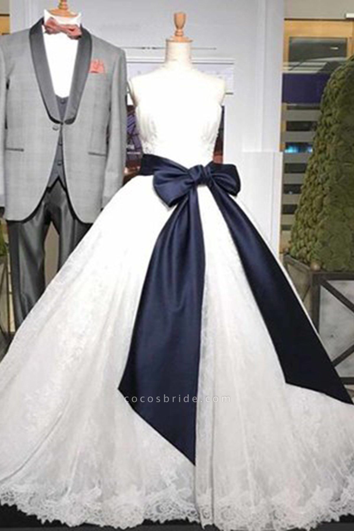 Sweetheart White Lace Long Wedding Dress