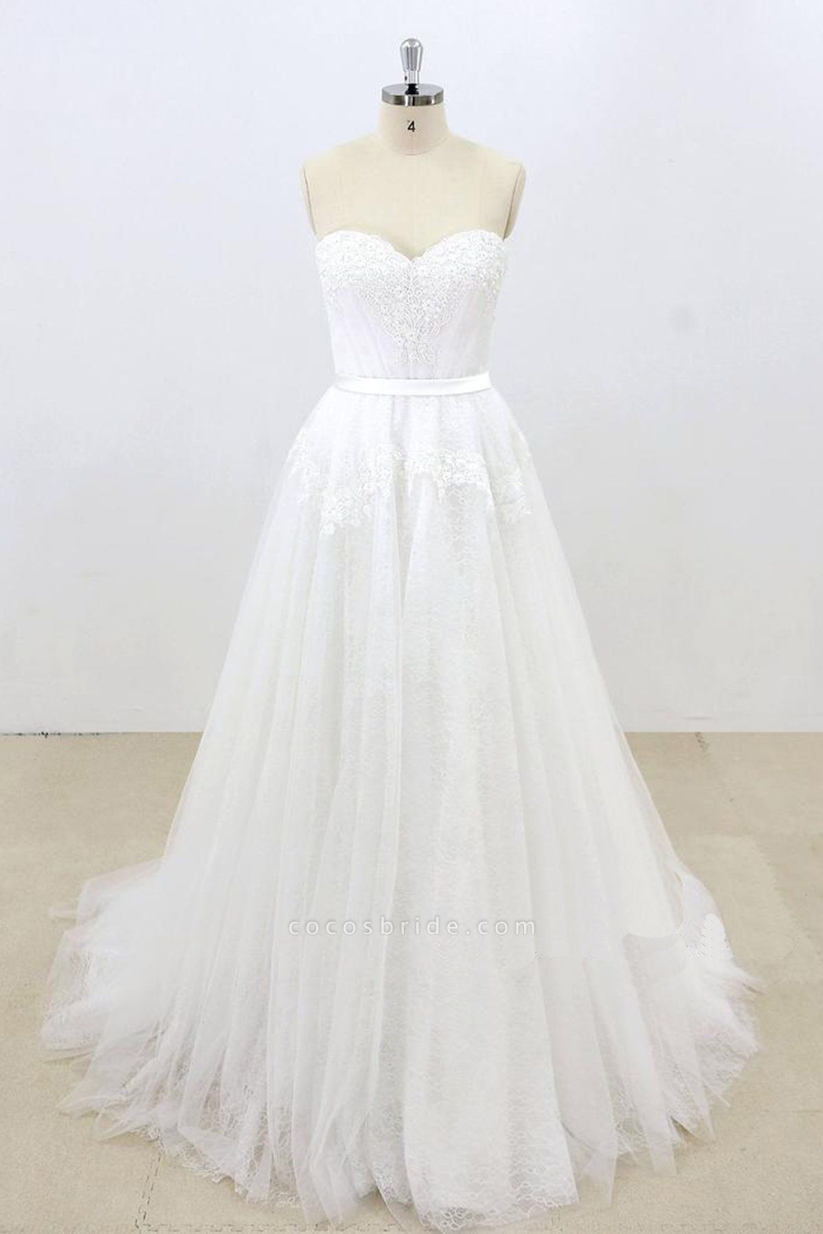 Sweetheart White Tulle Strapless Lace Wedding Dress