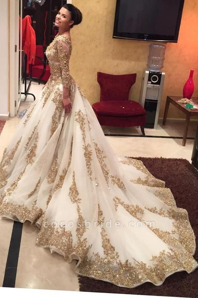 Luxurious Gold Lace Appliques 3/4 Sleeves V Neck Ball Gown Tulle Wedding Dress