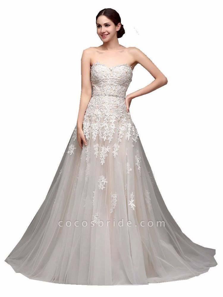 Gorgeous Swetheart Sleeveless Tulle Wedding Dresses