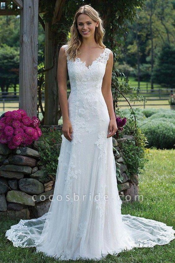 Vintage V Neck Sleeveless Tulle Appliqued Wedding Dress