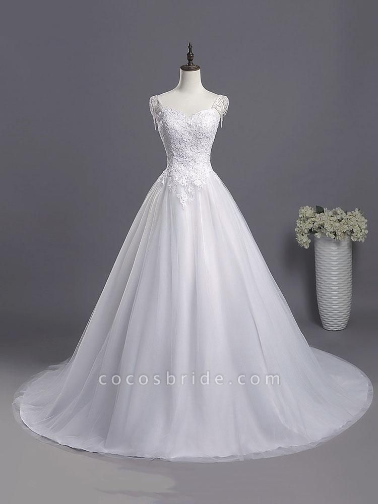 Gorgeous A-line Lace Appliques Wedding Dresses