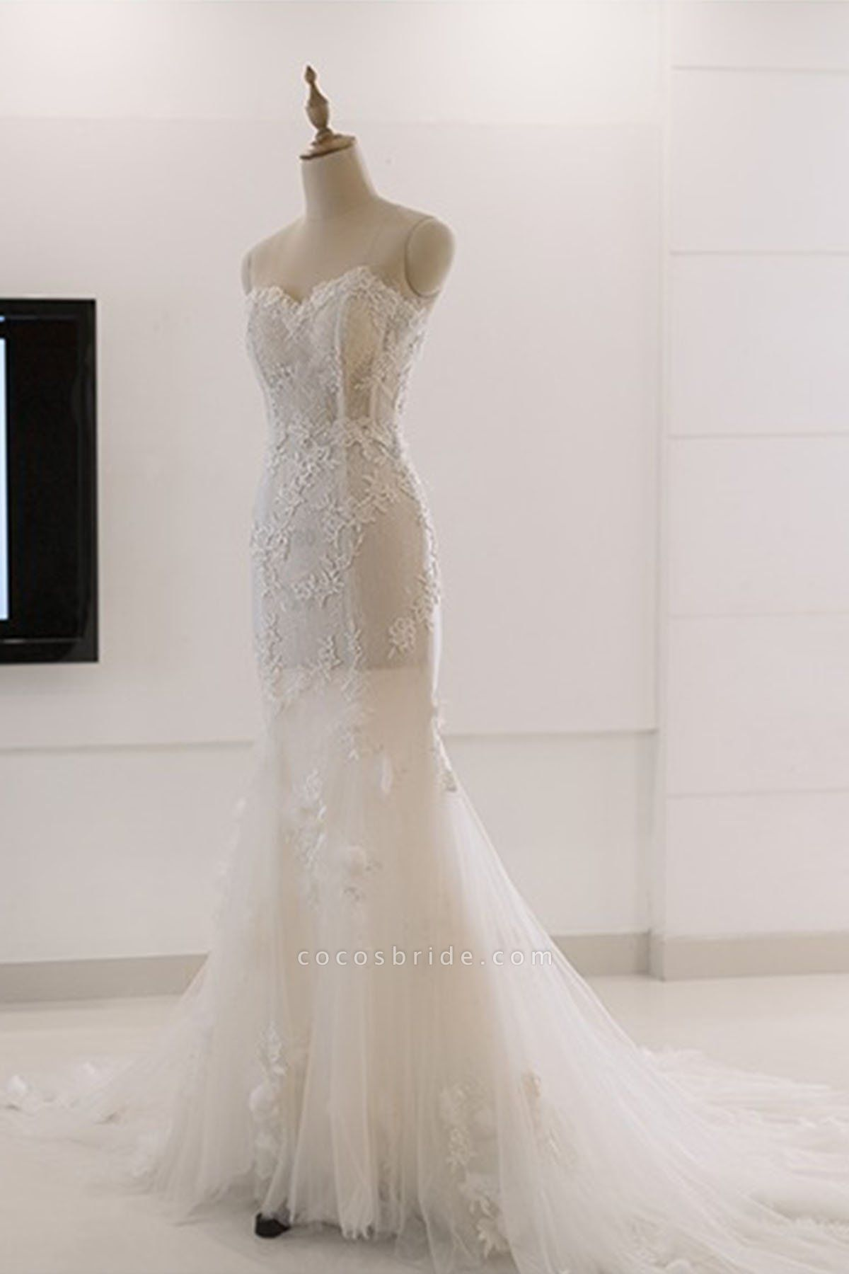 Sweetheart White Tulle Lace Sweep Train Mermaid Wedding Dress