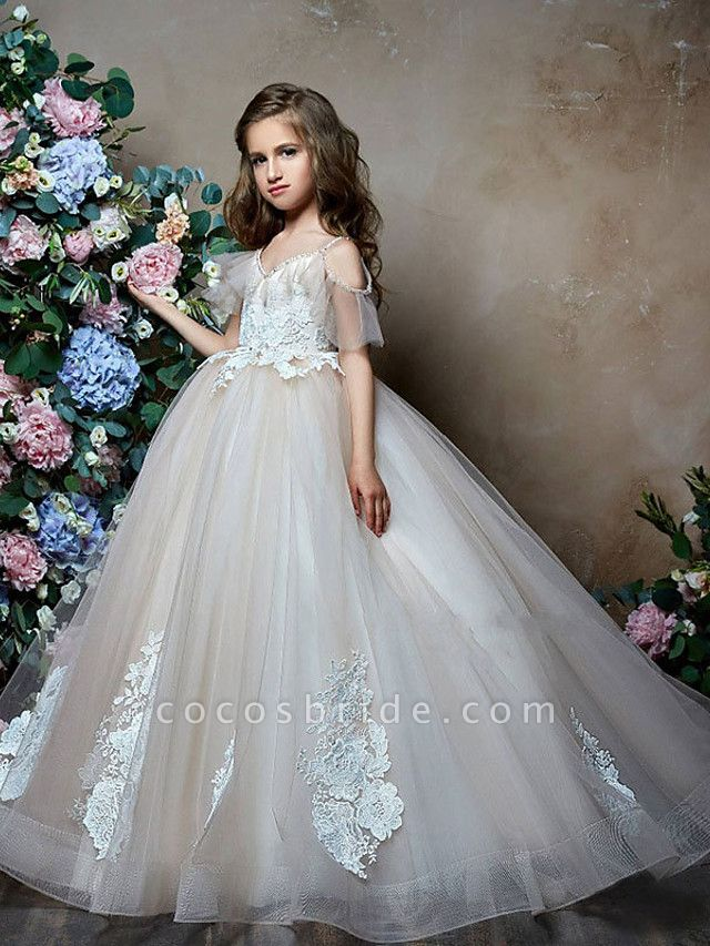 Princess / Ball Gown Sweep / Brush Train Wedding / Party Flower Girl Dresses - Lace / Tulle Short Sleeve V Neck With Bow(S) / Appliques