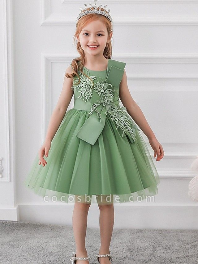 Princess / Ball Gown Knee Length Wedding / Party Flower Girl Dresses - Satin / Tulle Sleeveless Jewel Neck With Bow(S) / Appliques