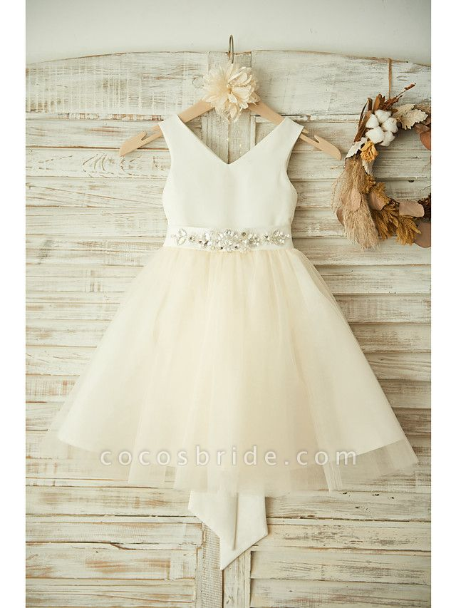 Ball Gown Knee Length Wedding / Birthday / Pageant Flower Girl Dresses - Satin / Tulle Sleeveless V Neck With Bows / Belt / Beading