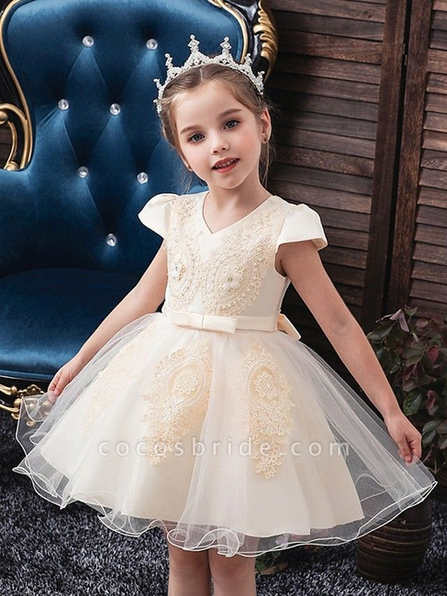 Princess / Ball Gown Knee Length Wedding / Party Flower Girl Dresses - Tulle Short Sleeve V Neck With Sash / Ribbon / Bow(S) / Appliques