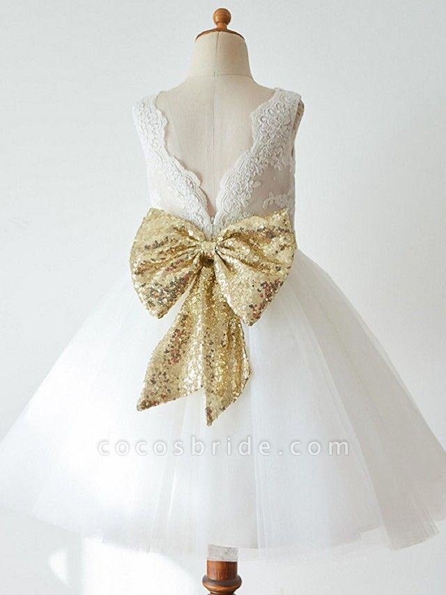 Ball Gown Knee Length Wedding / First Communion / Pageant Flower Girl Dresses - Lace / Tulle Sleeveless Jewel Neck With Bow(S)