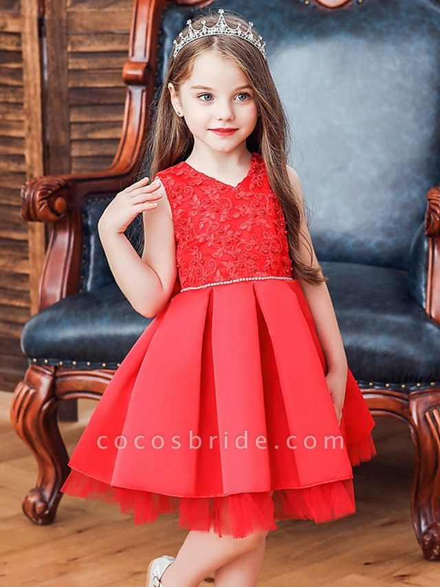 Princess / Ball Gown Knee Length Wedding / Party Flower Girl Dresses - Tulle Sleeveless V Neck With Sash / Ribbon / Bow(S) / Appliques