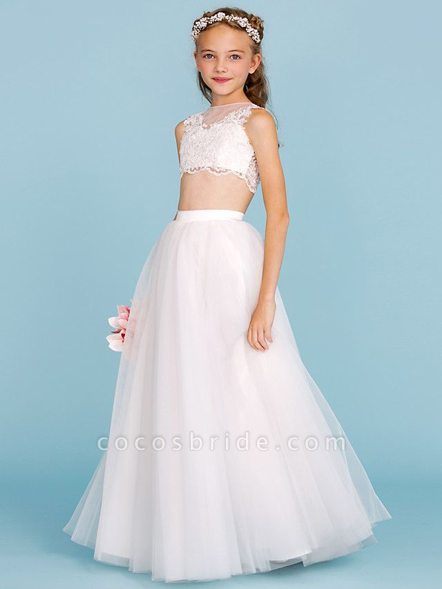 Princess / A-Line Bateau Neck Floor Length Lace / Tulle Junior Bridesmaid Dress With Pearls / Appliques / Beautiful Back / Wedding Party / See Through
