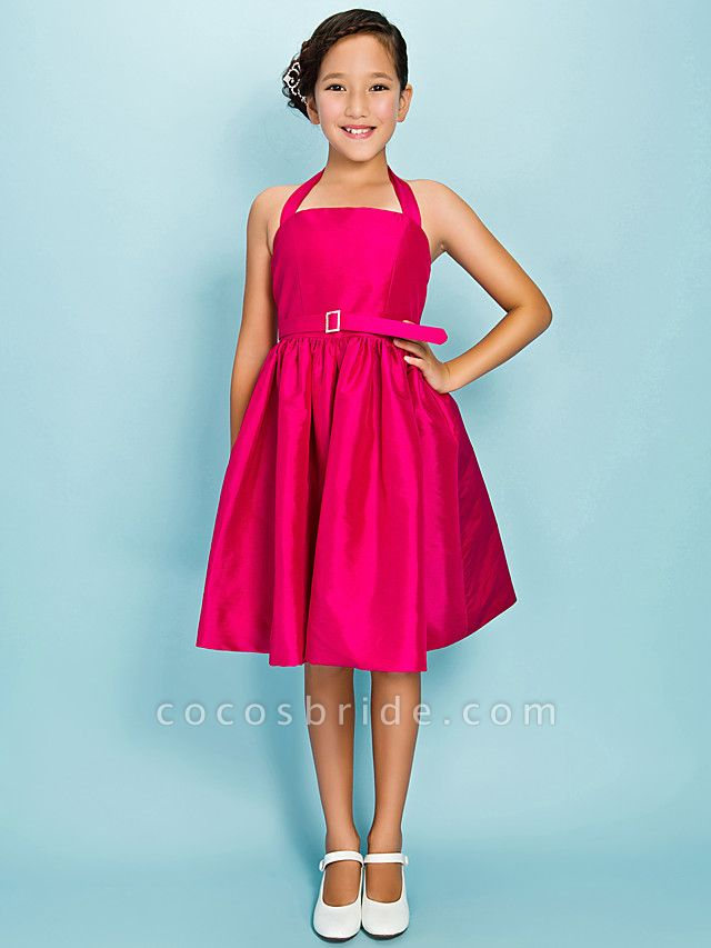 Princess / Ball Gown Halter Neck Knee Length Taffeta Junior Bridesmaid Dress With Sash / Ribbon / Draping / Crystal Brooch / Spring / Summer / Fall / Apple / Hourglass