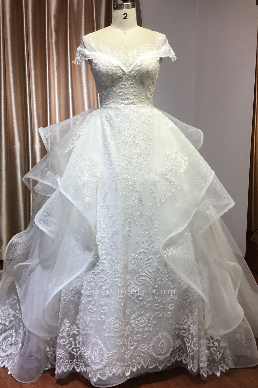 CPH250 Luxury Sequins Appliques Tulle Ruffles Ball Gown Wedding Dress