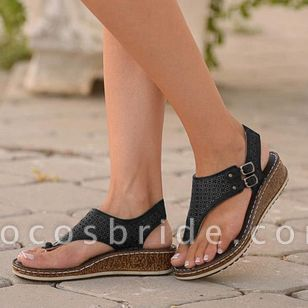 Women's Buckle Hollow-out Flip-Flops Flat Heel Sandals