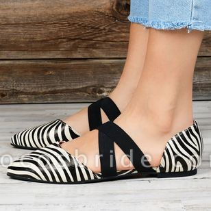 Women's Closed Toe Flat Heel Sandals