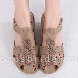 Women's Applique Closed Toe Wedge Heel Sandals
