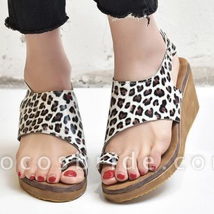 Women's Buckle Toe Ring Cloth Wedge Heel Sandals