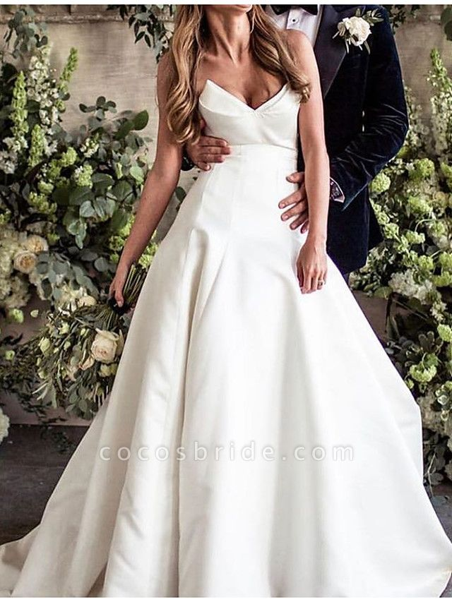 A-Line Wedding Dresses V Neck Court Train Polyester Sleeveless Country Plus Size
