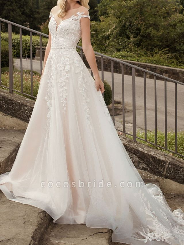 A-Line Wedding Dresses V Neck Court Train Lace Tulle Short Sleeve Country Plus Size