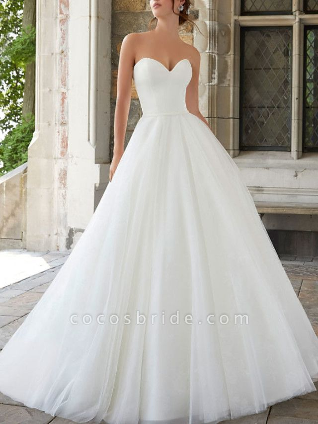 A-Line Wedding Dresses Strapless Sweep \ Brush Train Tulle Sleeveless Simple
