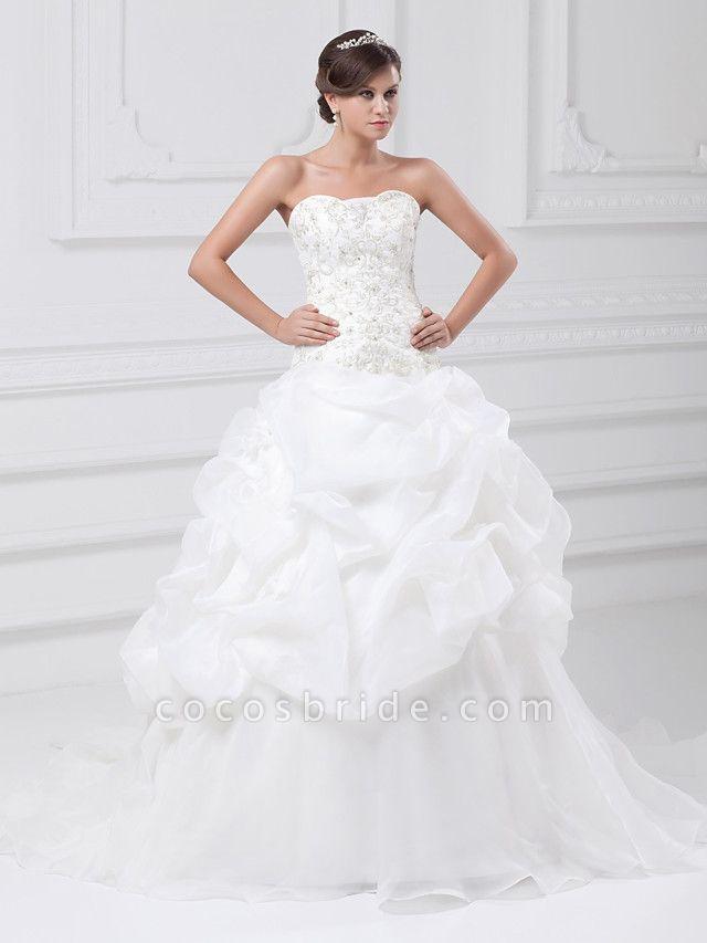 Ball Gown Sweetheart Neckline Chapel Train Organza Satin Strapless Wedding Dresses